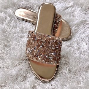 newest d30e3 8ae80 Shoes -   PRICE IS FIRM Rose gold rhinestone accent sandal
